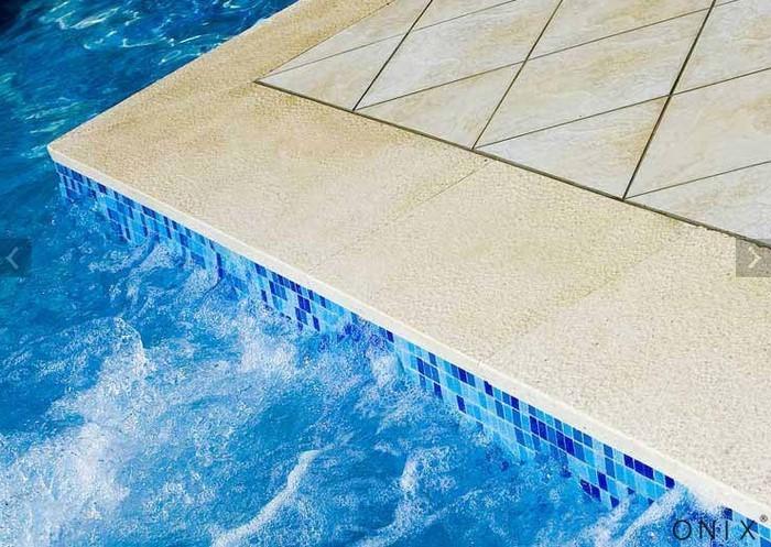 Deco piscine mosaique blanche lille 2932 piscine lille - Piscine mosaique blanche nancy ...