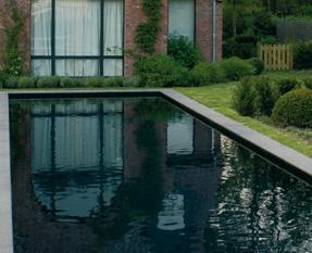 Comment choisir la couleur de sa mosa que piscine en fonction du rendu en eau - Piscine eau noire besancon ...