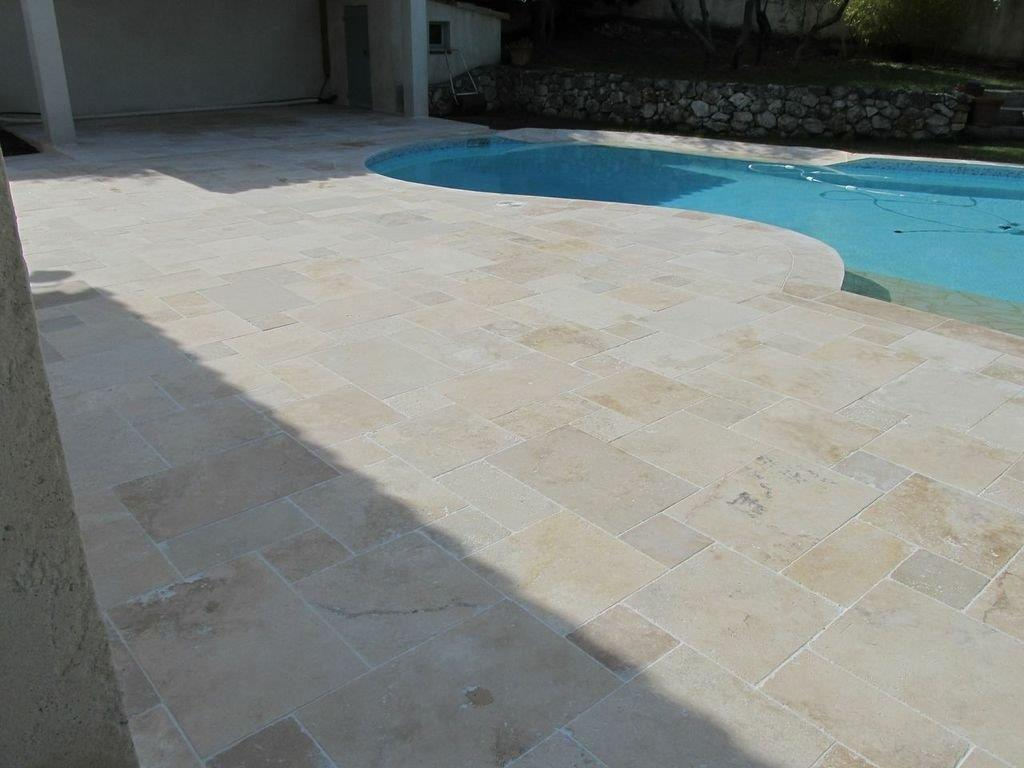 Carrelage petit opus travertin beige vieilli multi format for Carrelage mosaique piscine pas cher